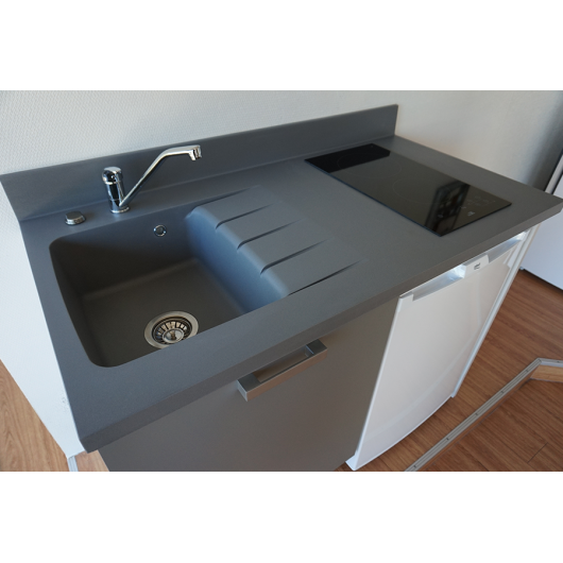 plan de travail monobloc planiquartz avec vier gauche. Black Bedroom Furniture Sets. Home Design Ideas